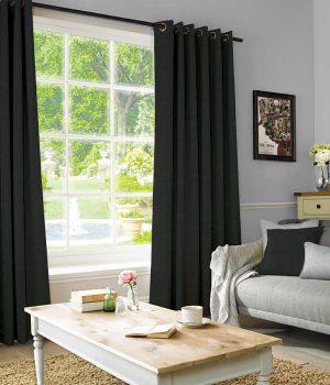 OSTRICH BLACK Curtain