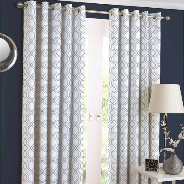 SOLITAIRE SKY Curtain